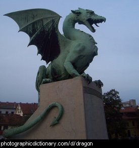 Photo of a dragon statue
