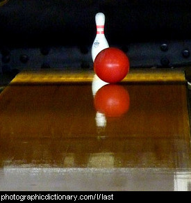 Photo of the last bowling pin
